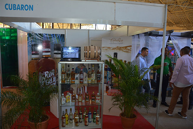 Perla del Norte rum, from Cárdenas has a lot of interest in Cuba's largest fairground (ACN)